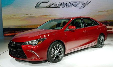 images962876 1.1 - Toyota Camry 2015: Diện mạo mới, trang bị hiện đại hơn