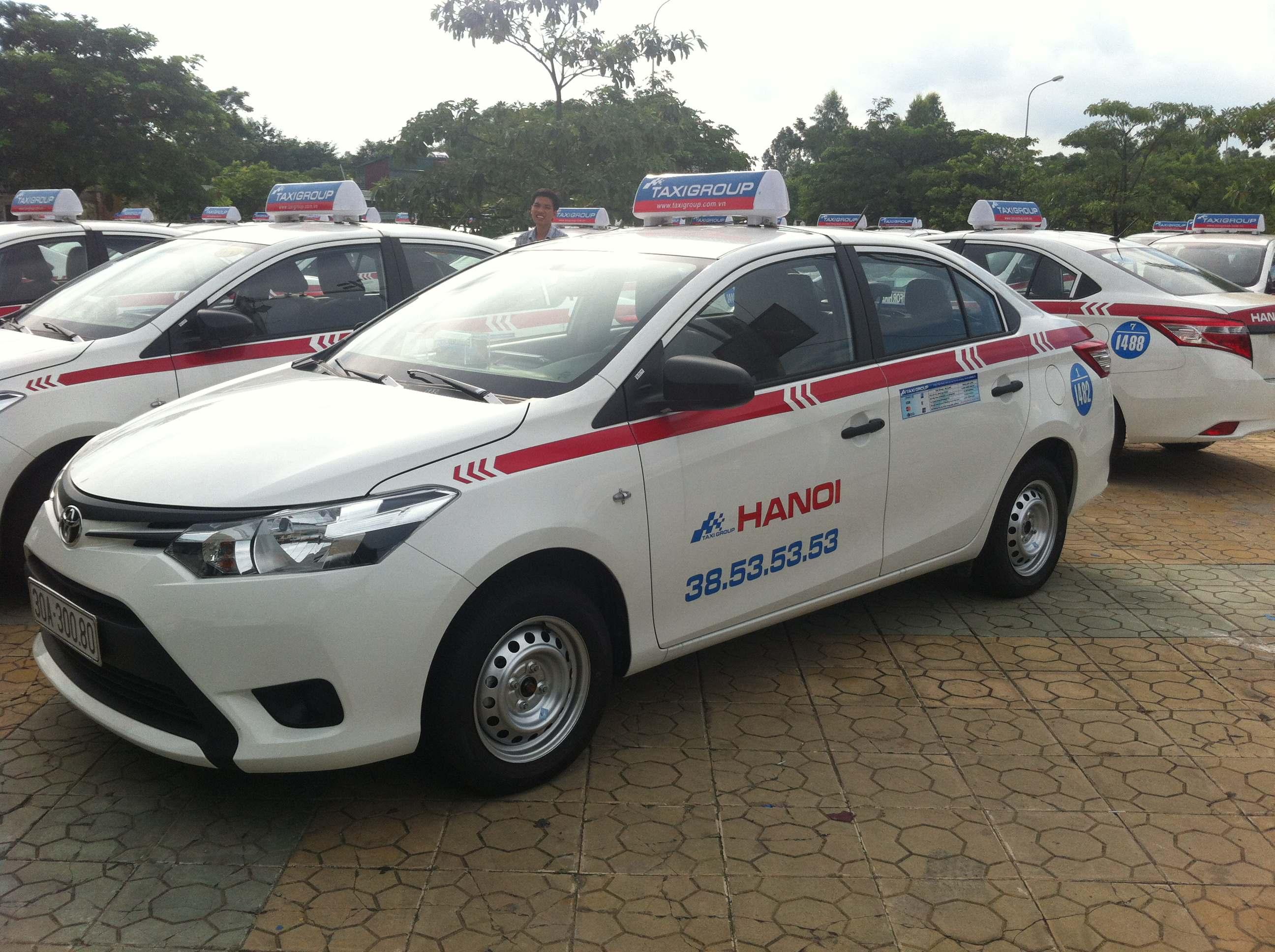 Tuyen lai xe Taxi Group - Taxi Group đưa xe Toyota Vios 2014 vào hoạt động