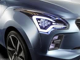 """Den truoc Hexa Space - Hyundai gây """"chấn động"""" với mẫu xế hộp gia đình giá rẻ"""