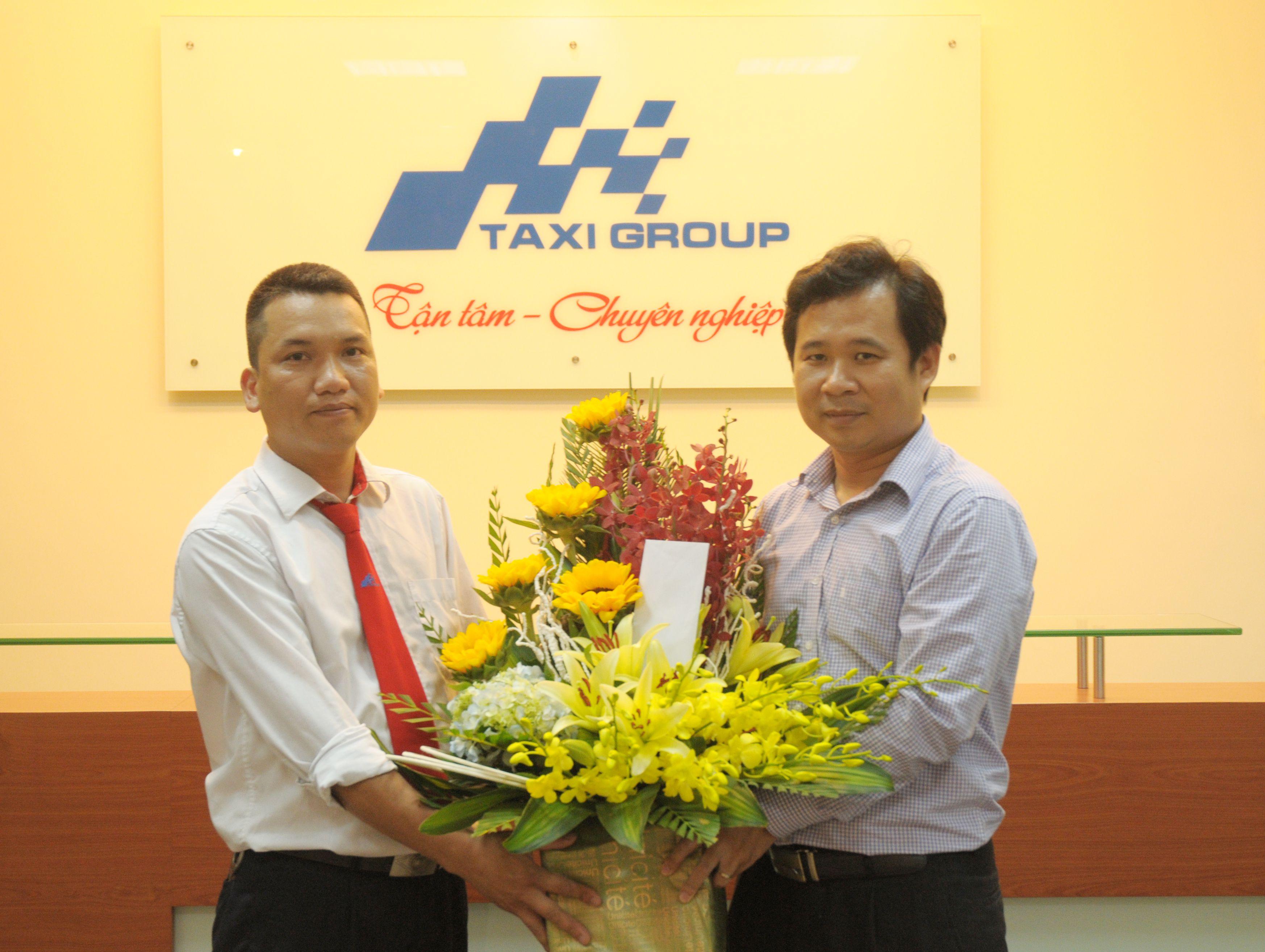 lanh-dao-taxi-group-bieu-duong-lai-xe