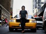 nu tai xe my 160x120 - Câu chuyện về những nữ tài xế lái xe taxi