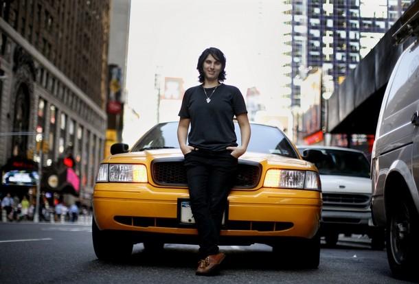 Nữ tài xế taxi tại Mỹ