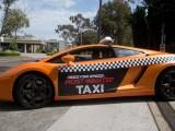 taxi dua 1 160x120 - Taxi trên đường đua dành cho những ai đam mê tốc độ