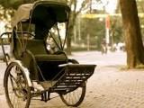 xich lo 2 160x120 - Xe xích lô - taxi mang phong cách cổ truyền của Hà Nội