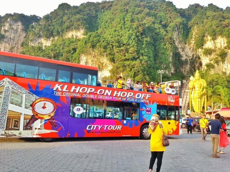 """hop on hop off1 - Taxi đặc biệt dành cho những ai du lịch """"bụi"""" Kuala Lumpur"""