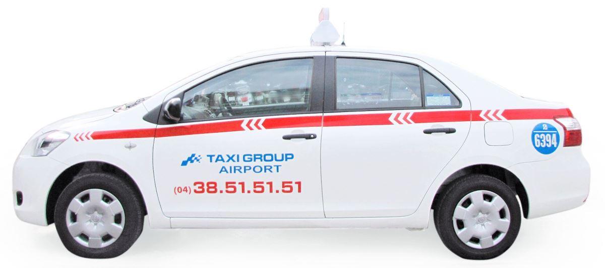 Taxi Group ban xe taxi thuong quyen san bay noi bai